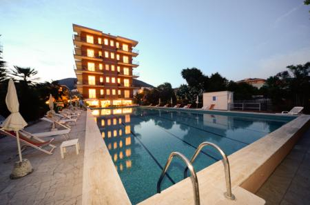 Perla Marina Apartments