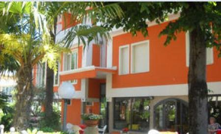 Bed & Breakfast / Pensione Cervia