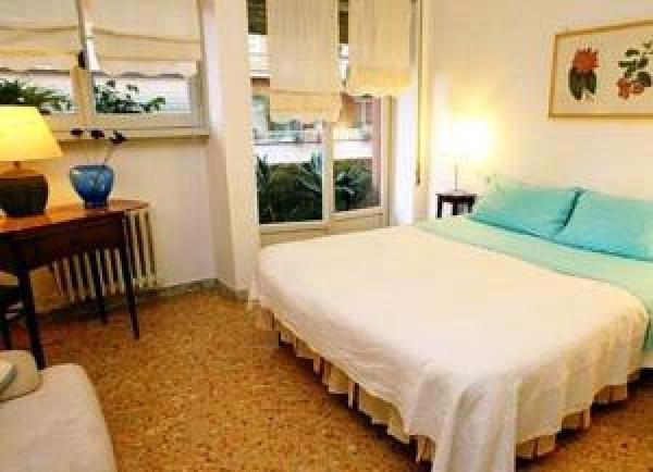 Bed & Breakfast / Pensione Fiori e Semi Bed and Breakfast